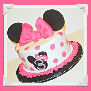 Pretty in Pink Minnie Mouse
