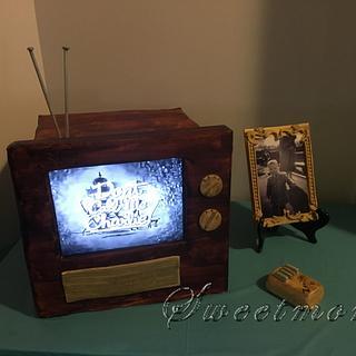 Vintage tv - Cake by Sweetmom