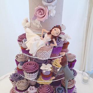 Climbing groom - Cake by Louisa Massignani