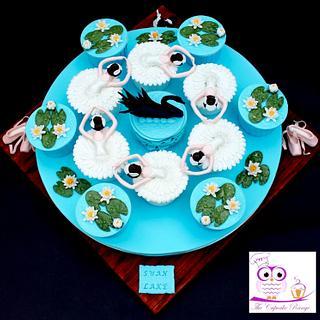 Swan Lake Cupcakes - Cake by sarah