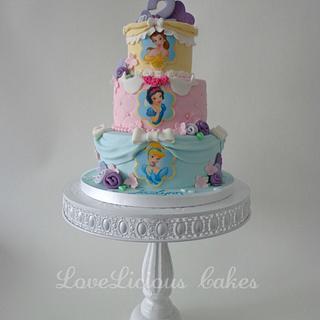 Princess - Cake by loveliciouscakes