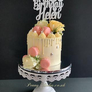 Roses drip cake