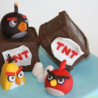 Angry Birds - Cake by Tracy Moran