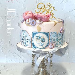 Surprise cake with delftsblue tiles - Cake by Judith-JEtaarten