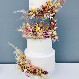 Floating Wedding Cake Dried Flowers