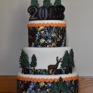 Camouflage hunting cake
