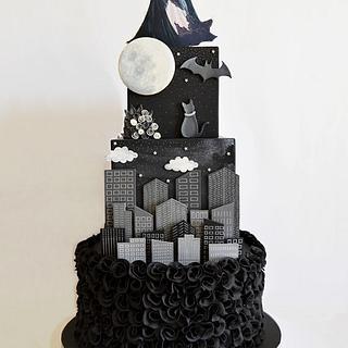 Batman and Catwoman wedding cake