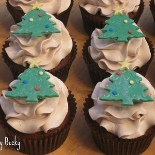 Gingerbread Cupcakes with Christmas Tree Toppers - Cake by Becky Pendergraft