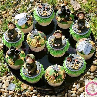 Army Camouflage Celebration Cupcakes