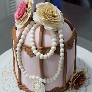 Vintage Cage  - Cake by Beli