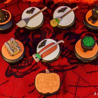 Hocus Pocus Cupcakes!
