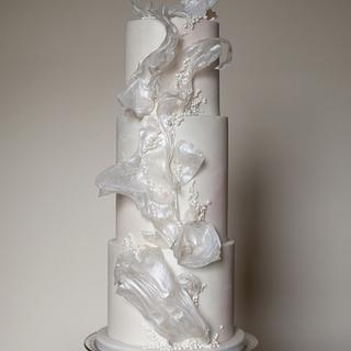 Subtly textured white sail cake