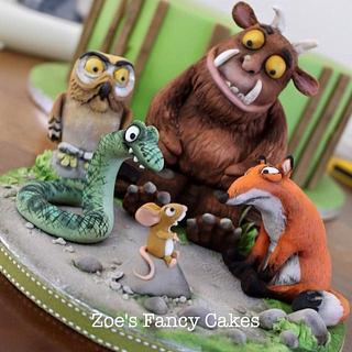 Gruffalo cake and cupcakes