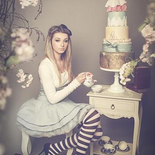 Alice In Wonderland Whoppa Inspired Cake