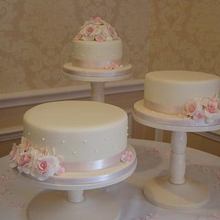 Vintage Wedding Cake Trio