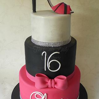 16th Bling & shoe cake - Cake by The Cake Lady (Tracy)
