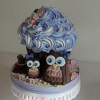 Cute Owl Cupcake
