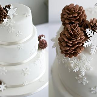 Pinecones & Snowflakes