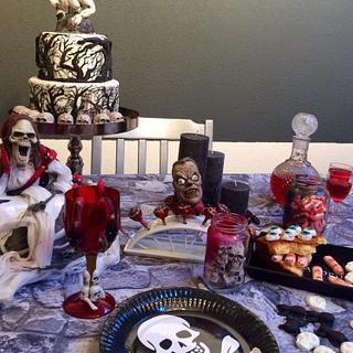 Horror mini sweet table