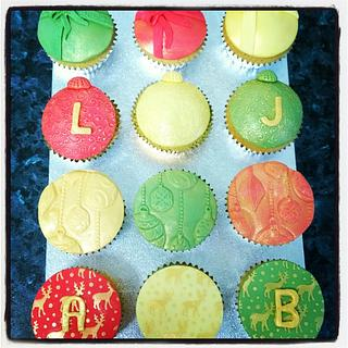 Christmas Cupcakes - Red, Green and Gold - Cake by Beckie Hall