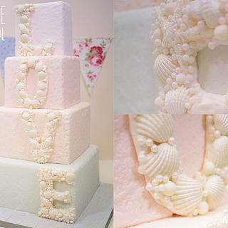 Seashell Love Wedding Cake