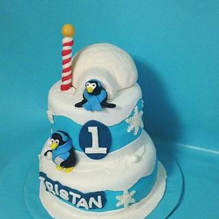 Penguin & igloo cake