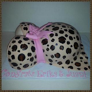 Cheetah Baby Bump Cake