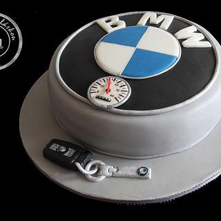 BMW logo with key and keychain