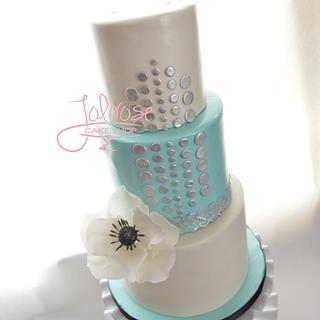 Kate Spade/Tiffany inspired - Cake by Jolirose Cake Shop