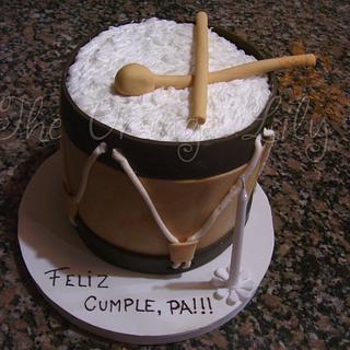 Bombo legüero Cake