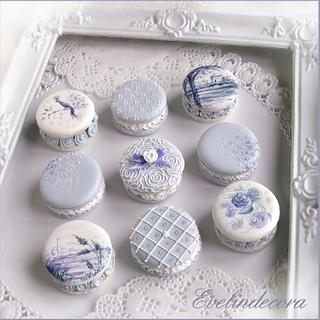 Decorated cookies that look like macarons 💙