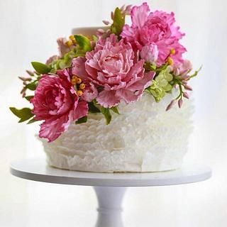 Sugar Flower and Sugar Ruffle Cake / The Mischief Maker