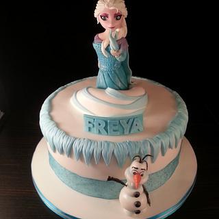 Frozen 'Let it go' - Cake by GazsCakery