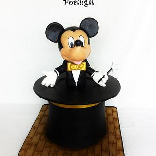 MICKEY MOUSE THE MAGICIAN
