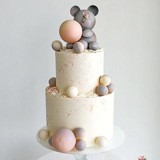 Children's cake with Teddy bear)
