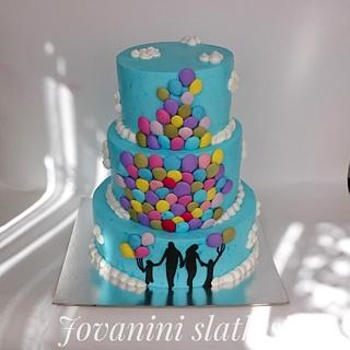 Cake with baloons