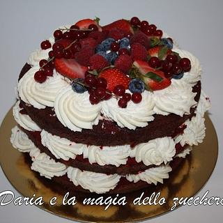 Red velvet and fruits - Cake by Daria Albanese