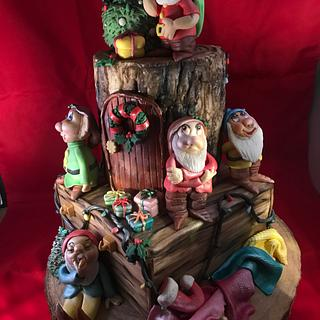 Christmas  - Cake by Top Pie Design