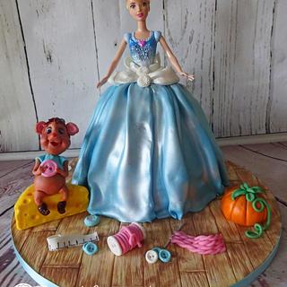 Cinderella  - Cake by Siep