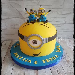 Happy happy Minions cake