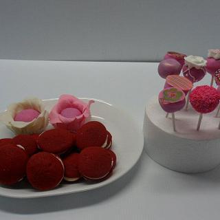 Cake Pops & Whoopie Pies