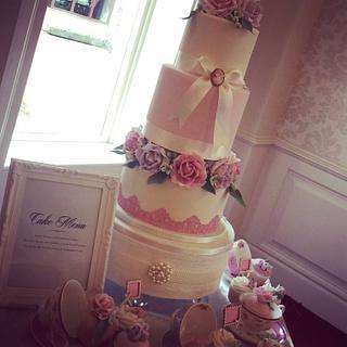 Wedding Cake  - Cake by Shirley Jones