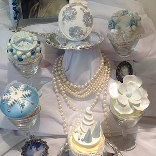 Silver Christmas Cupcake Collection