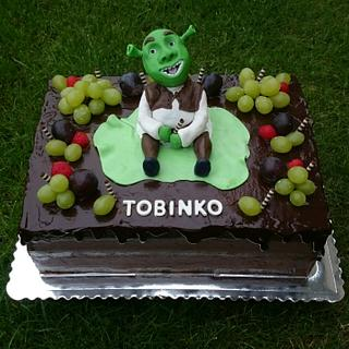 Birthday cake for boy with Shrek