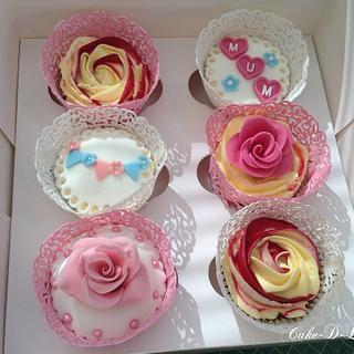 Mum birthday cupcakes
