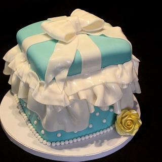 Tiffany Box Cake - Cake by Jewell Coleman