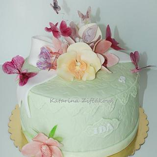 gift box cake with gelatin butterflies