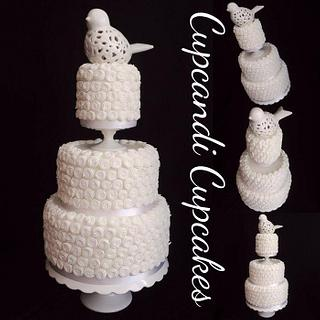 Textured white wedding cake