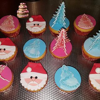 Christmas cupcakes - Cake by Pluympjescake