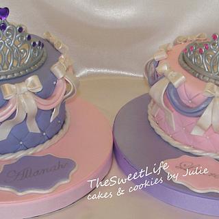 Tiara cakes